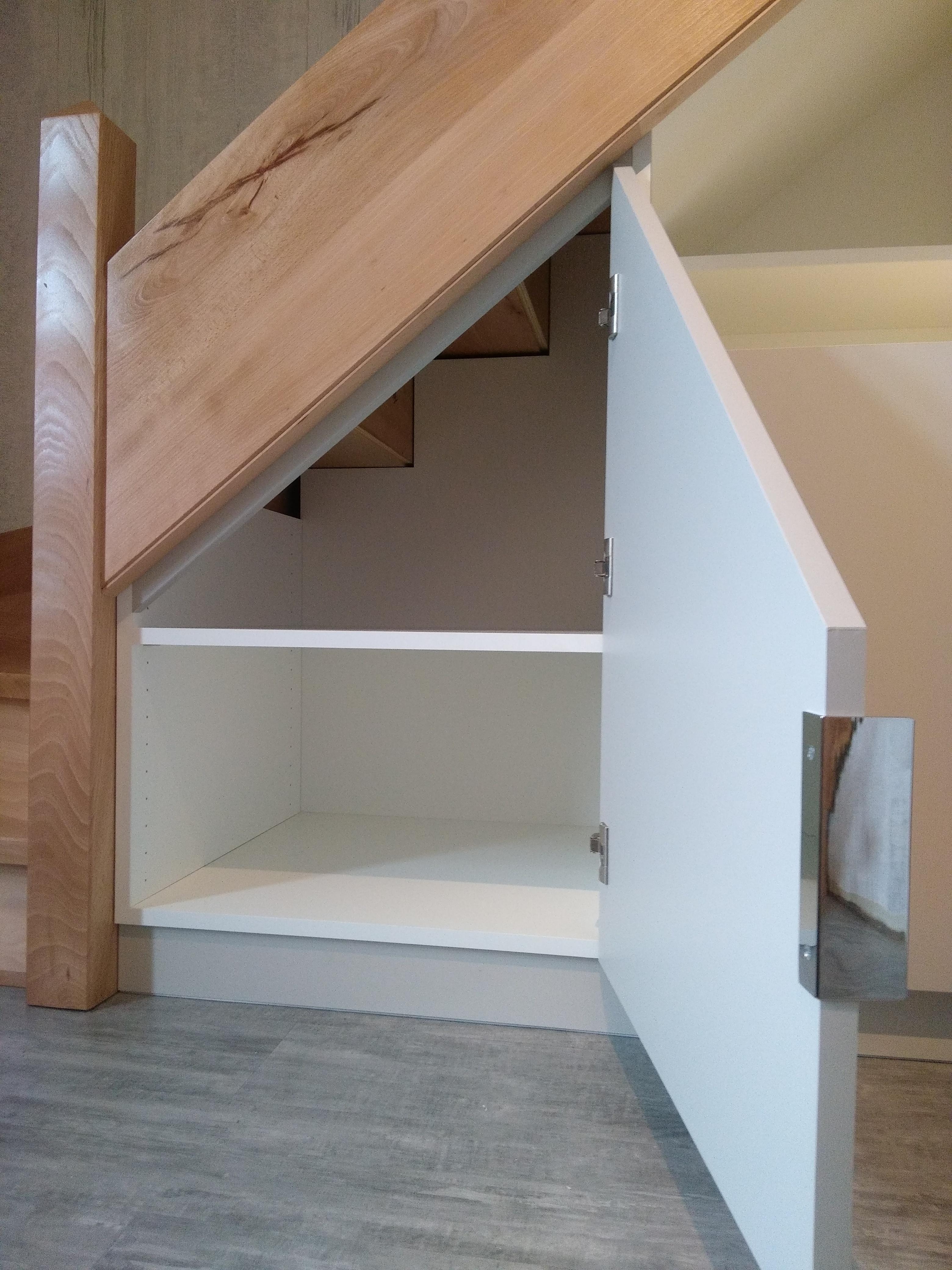 Rangements sous escalier - Kiosque Aménagement