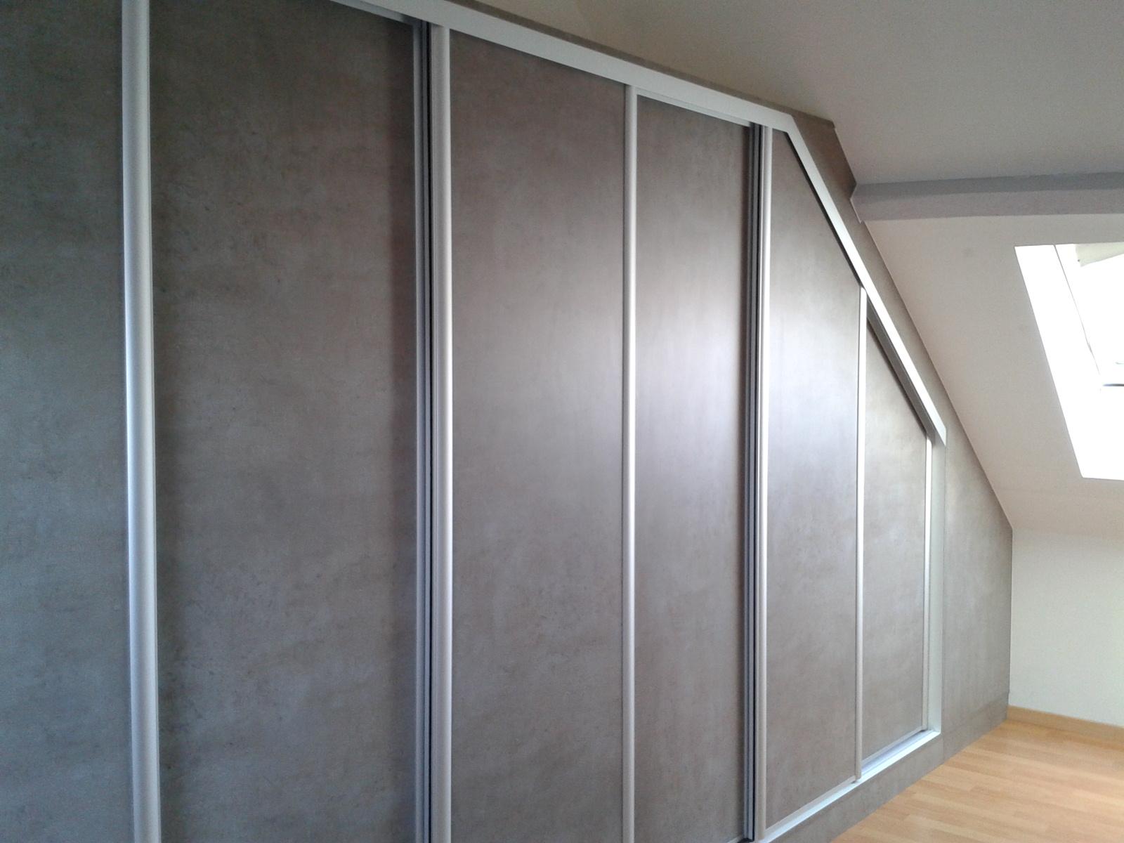 placards portes coulissantes sous pente le kiosque amenagement. Black Bedroom Furniture Sets. Home Design Ideas