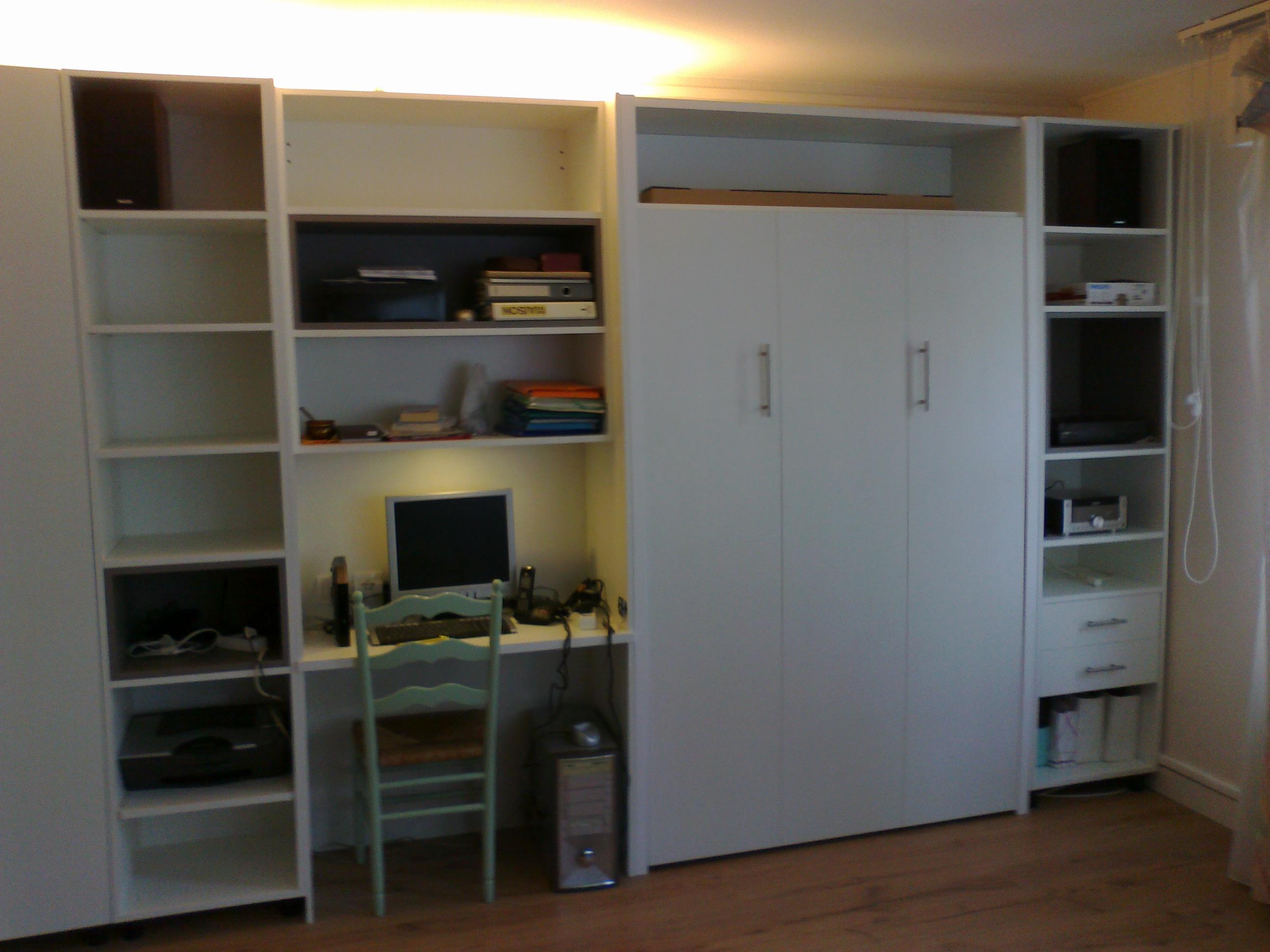 lit escamotable lectrique kiosque am nagement. Black Bedroom Furniture Sets. Home Design Ideas