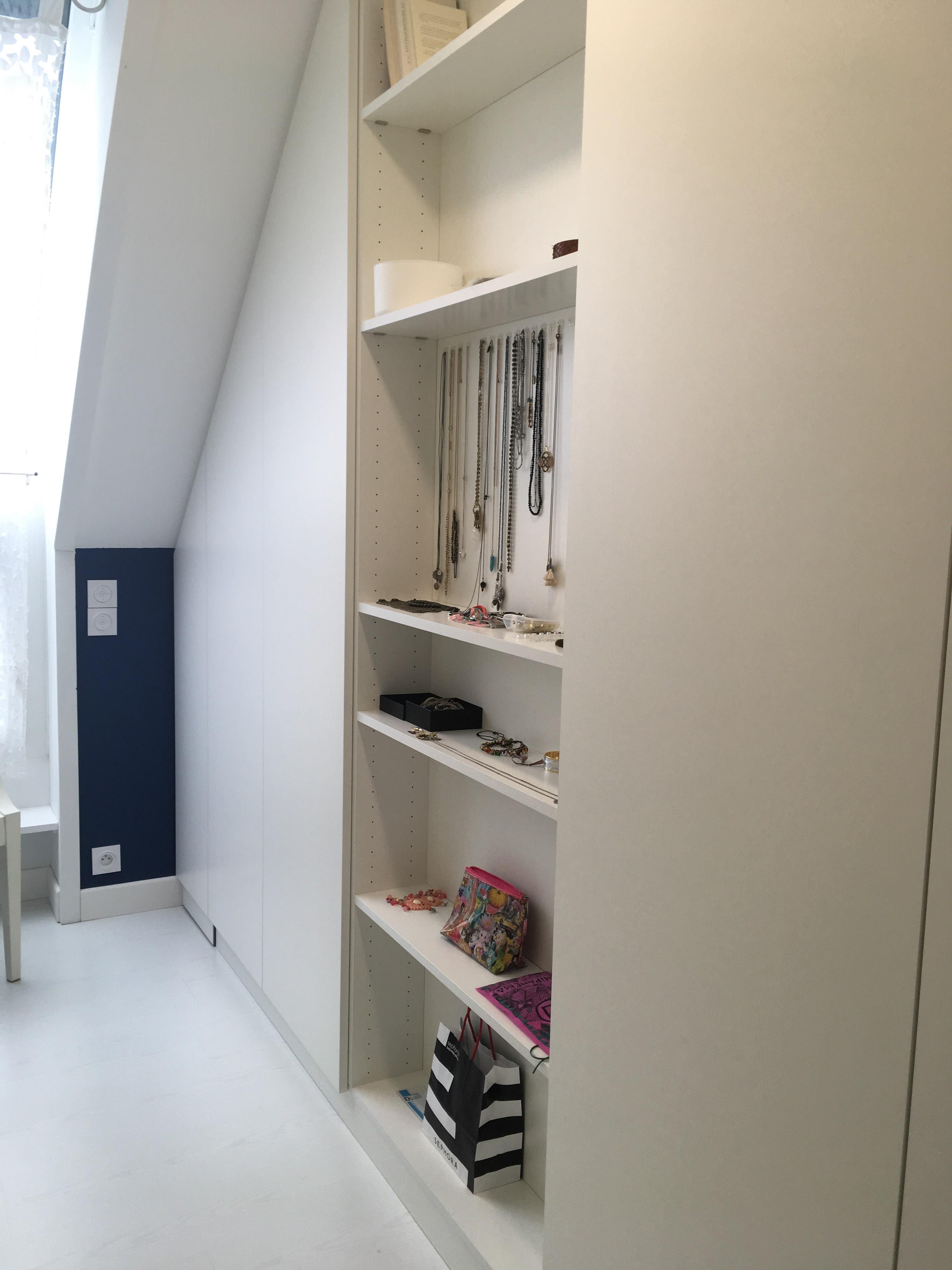 dressing sur mesure avec bande led l 39 int rieur au niveau des penderies. Black Bedroom Furniture Sets. Home Design Ideas