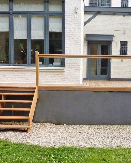 escalier bois pour terrasse ipe avec garde corps verre