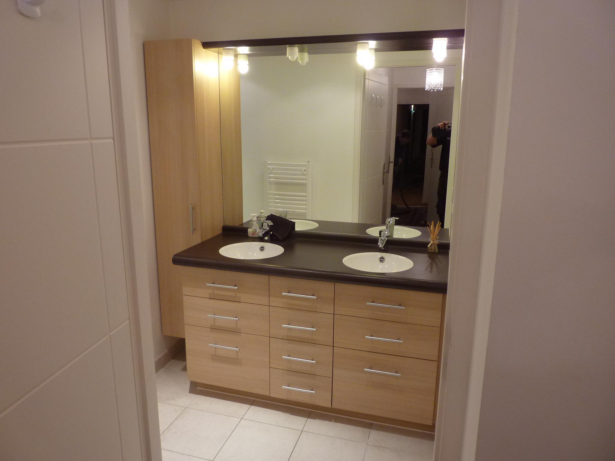 Meuble de salle de bains - Kiosque Aménagement