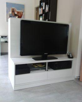 meuble sur mesure pour tv et cloisonnement bas