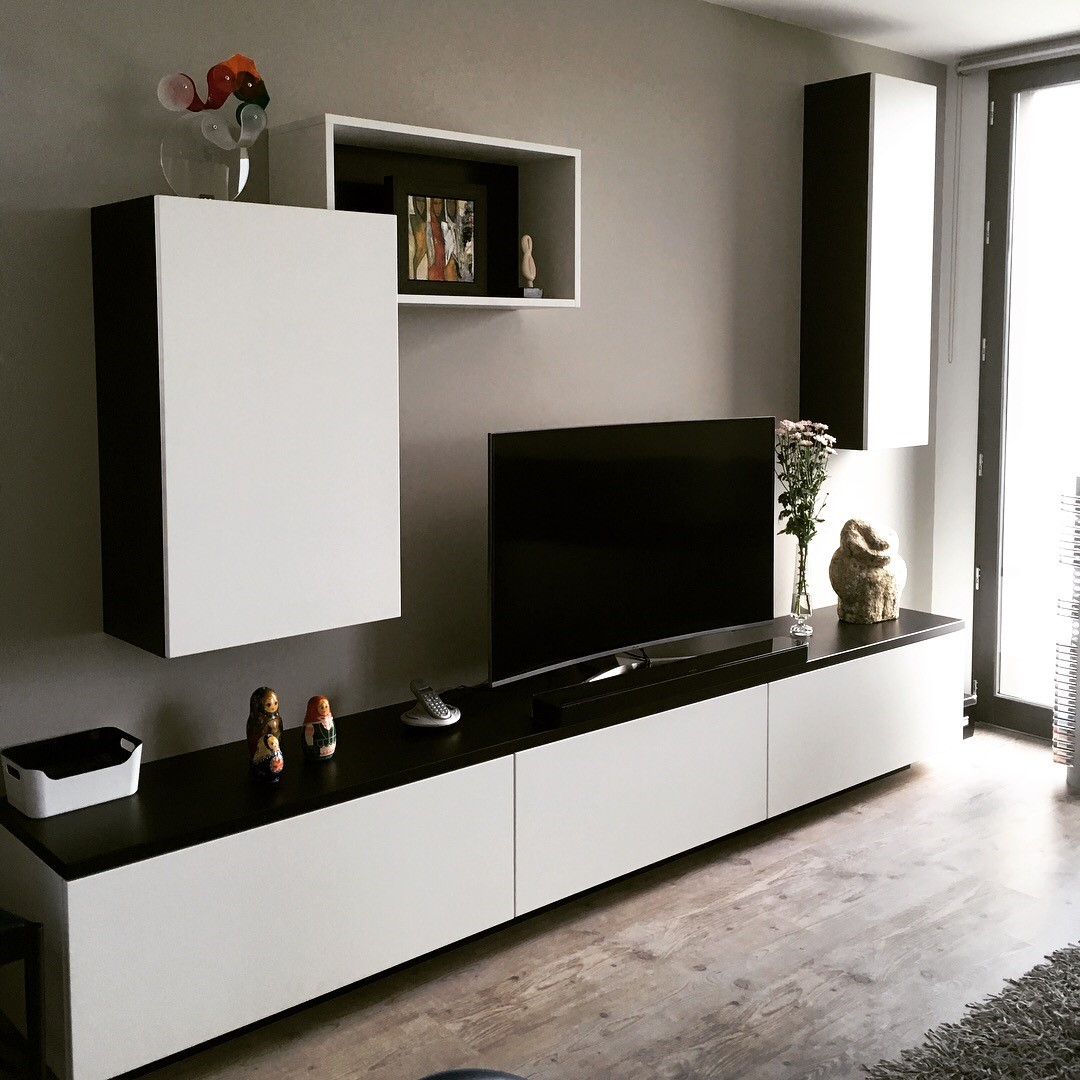 meuble tv sur mesure en m dium laqu noir et blanc lille. Black Bedroom Furniture Sets. Home Design Ideas