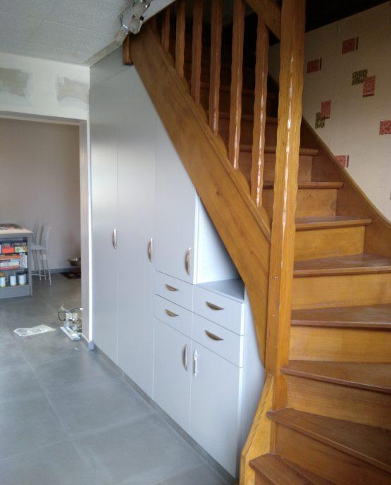 optimisation espace sous escalier