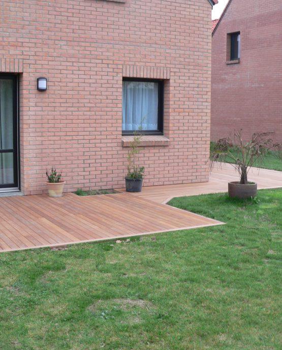 terrasse en bois exotique bankirai a marquettes