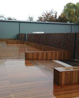 Terrasse ipé avec banc