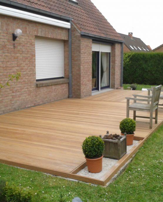 Terrasse ipé pose clips avec emplacements reservés pour jardinieres