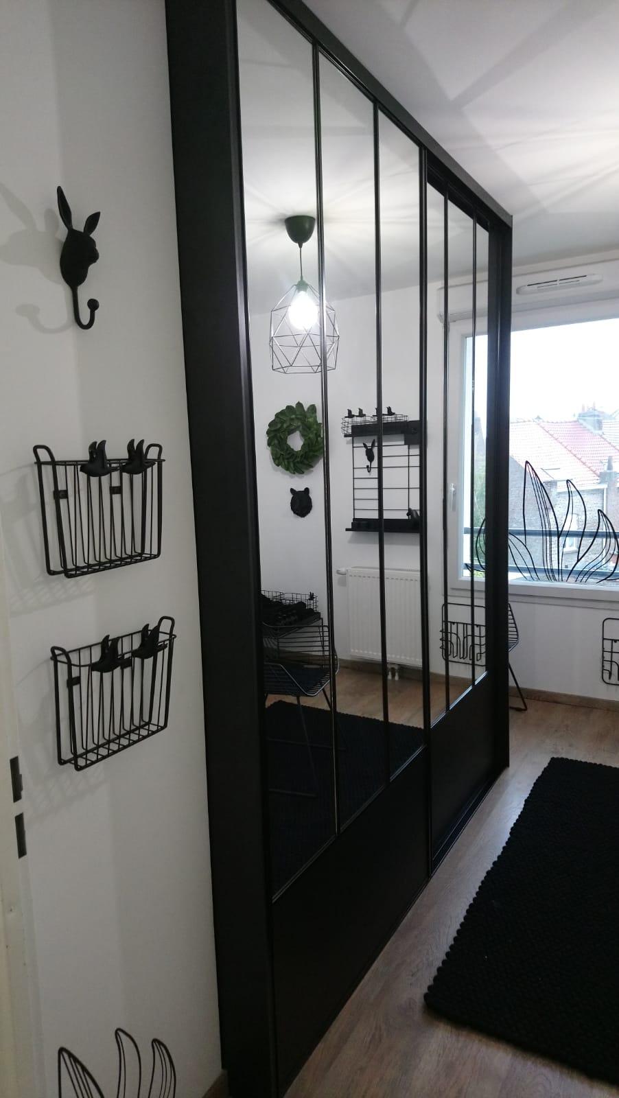 portes de placard sur mesure style verri re kiosque am nagement. Black Bedroom Furniture Sets. Home Design Ideas