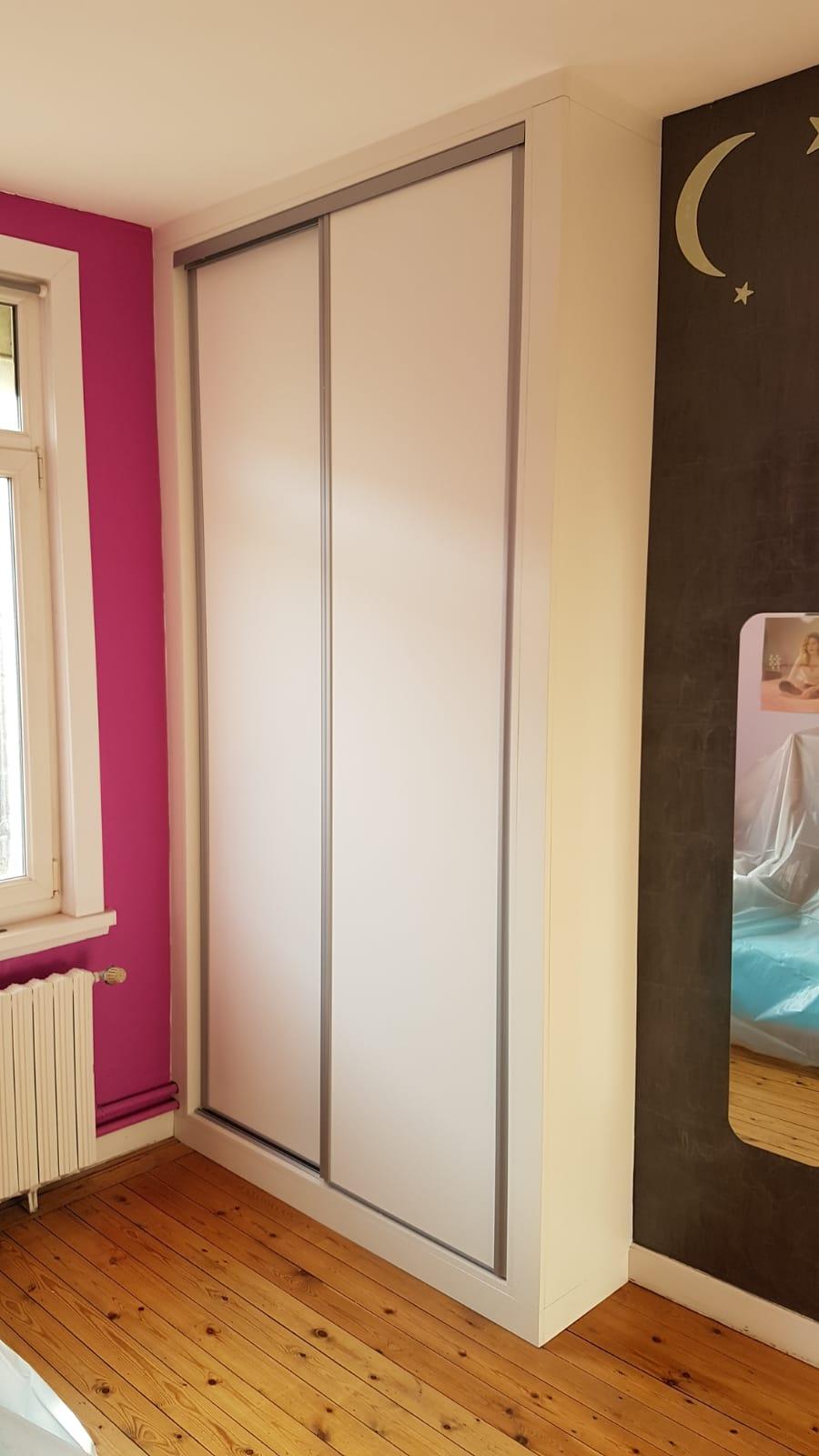 Placard À Portes Coulissantes placard avec portes coulissantes - kiosque aménagement