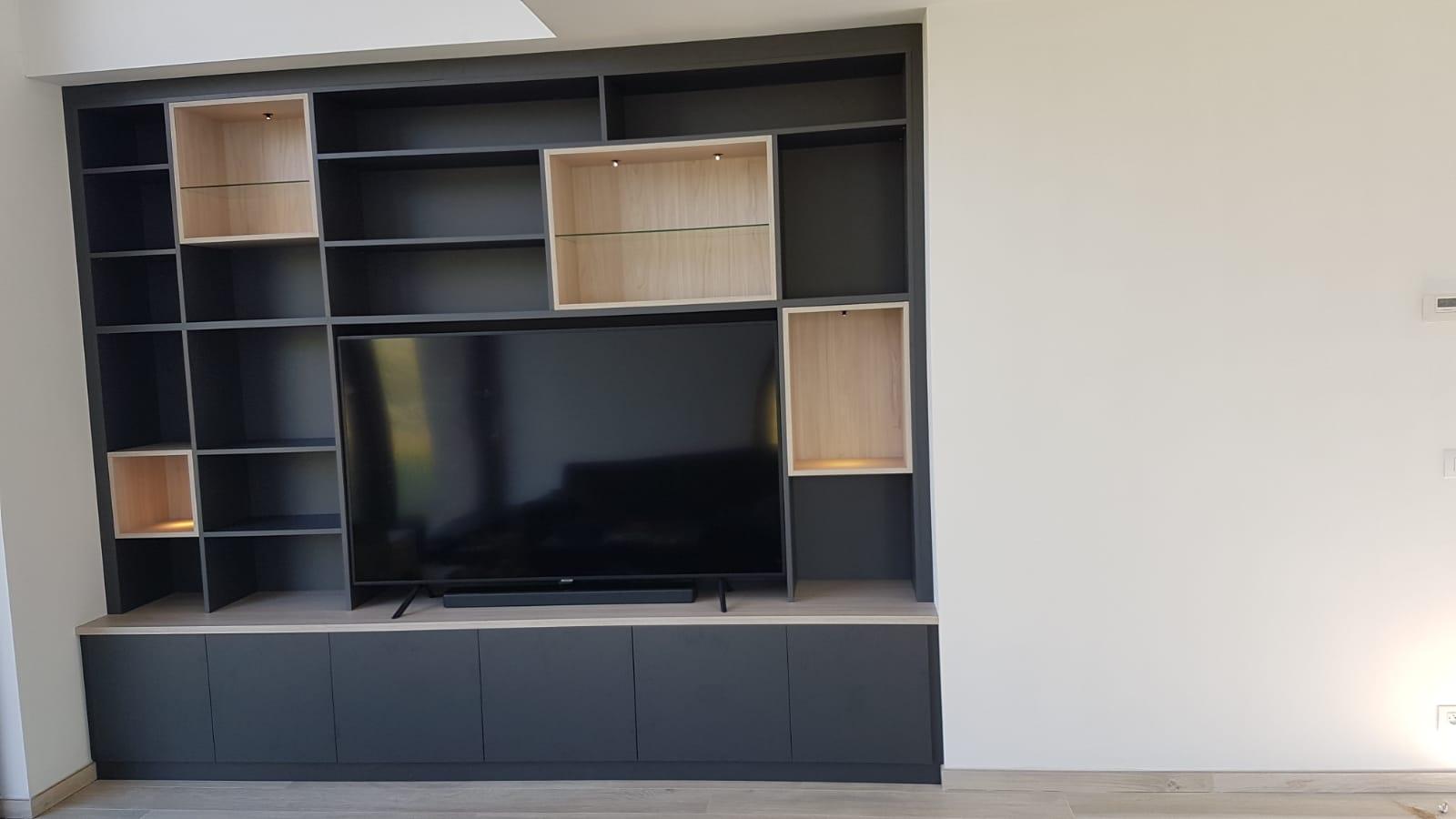 Meuble tv entre deux murs